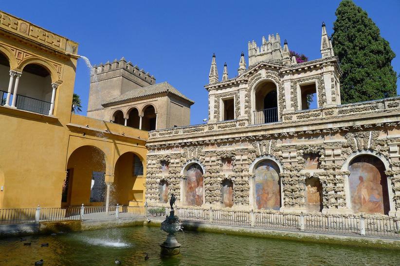 Посетите дворец в Севильи
