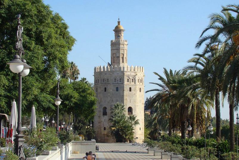 Красивейшая золотая башня в Севильи