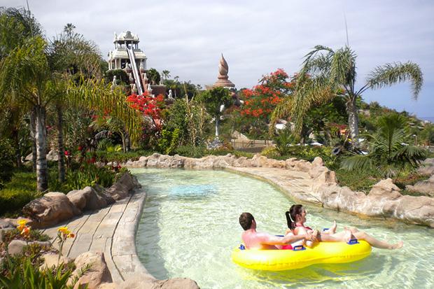 Весёлые развлечения в одном из красивейших аквапарков Тенерифе Сиам Парке.