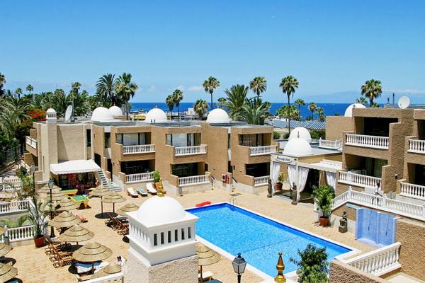 Отель Parque de las Americas.