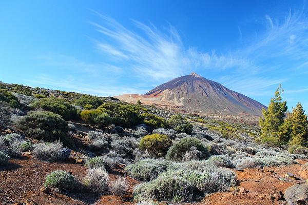 Тейде — самая высокая вершина в Атлантическом океане.