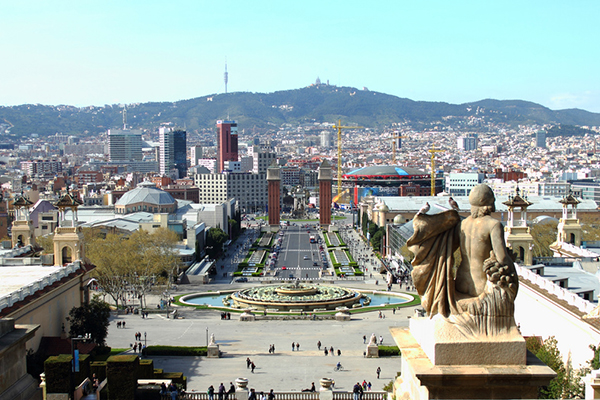 Мартовская Барселона радует невысокой стоимостью туров.