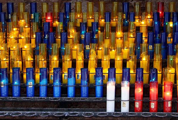Разноцветные свечки.