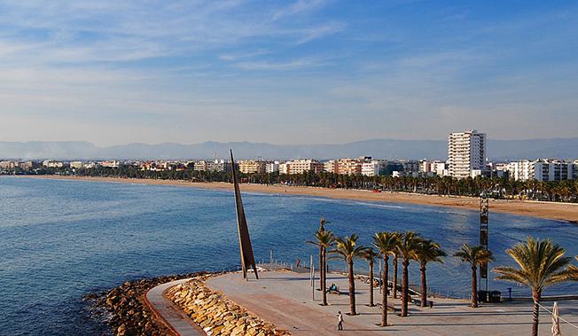 отдых осенью испания