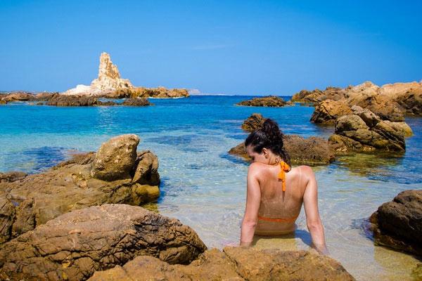 Менорка — аутентичные пляжи Балеарских островов.