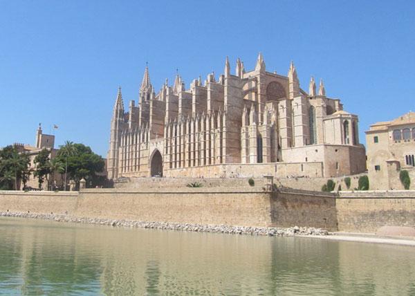 Catedral de Santa María de Palma de Mallorca.