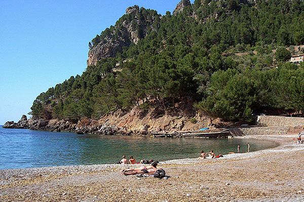 Пляж Cala Tuent.