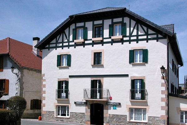 Hotel Burguete.