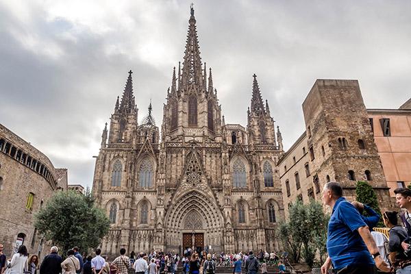 Кафедральный собор Барселоны.