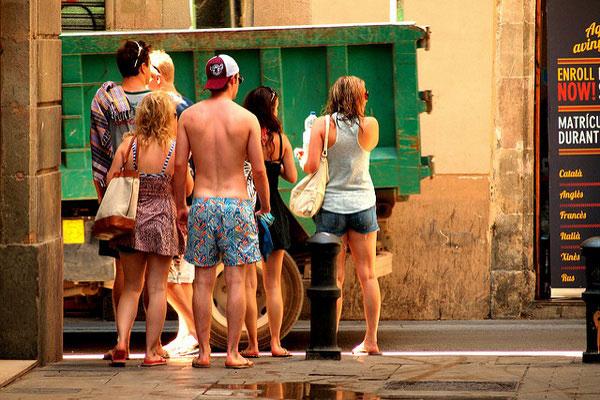 Русские туристы приедут на испанские курорты.