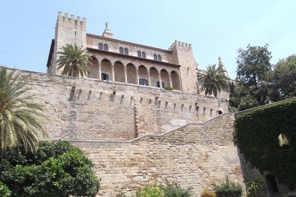 Резиденция испанского короля.