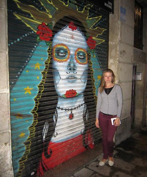 Граффити — современное искусство в Барселоне.