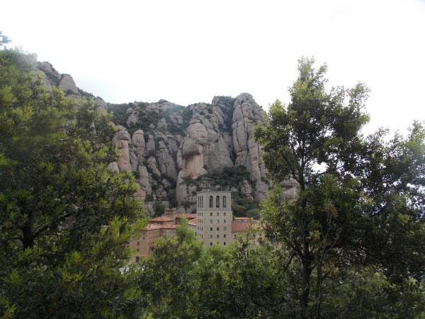 Монастырь в Монтсеррате.