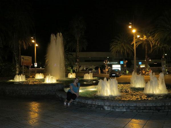 Поющие фонтаны.