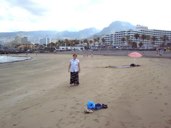 Песчаный пляж.