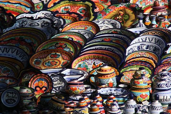 Побывать в толедо и не привести в сувенир декоративную тарелку - это преступление