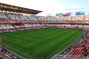 ФК Севилья стадион Бомбанера
