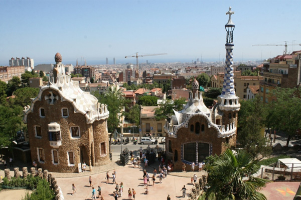 Парк Гуэль в Барселоне в настоящее время