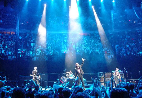 Концерт группы U2.