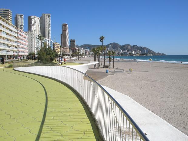 Чистота испанских пляжей.