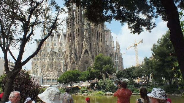Собор Sagrada Familia в Барселоне в Испании.