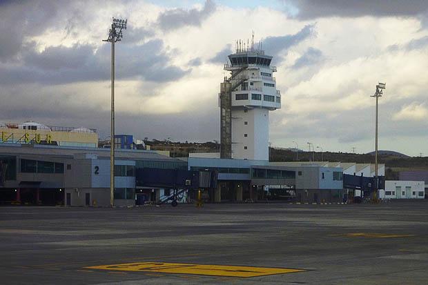 Главный аэропорт Тенерифе Южный.