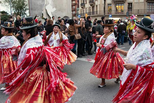 Карнавал в столице Каталонии длится целую неделю.