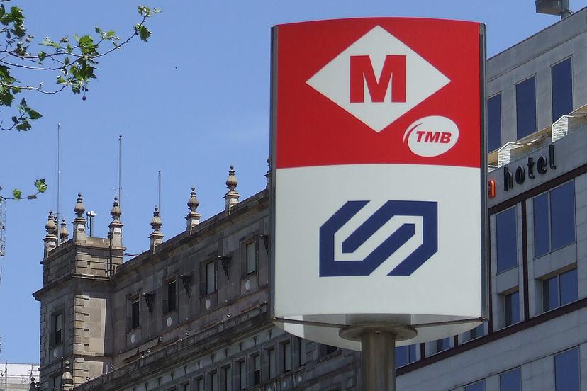Метро Барселоны быстро доставит к любому культурному памятнику.