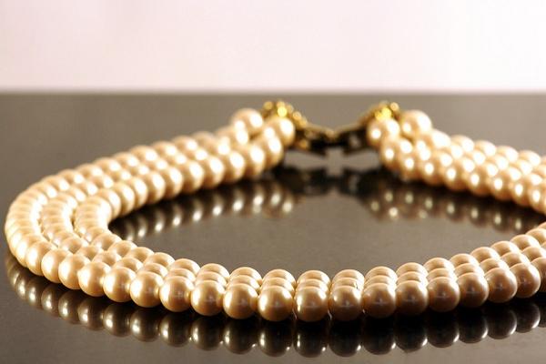 В магазинах Лас-Америкас можно купить жемчужные украшения по приятным ценам.