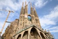 В Барселоне хватает и архитектурных чудес, и исторических достопримечательностей.