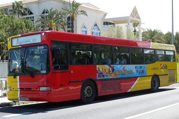 Автобус Майорки.
