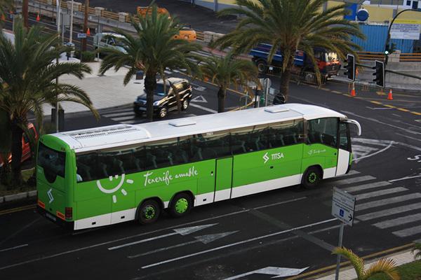 Междугородний автобус Тенерифе.