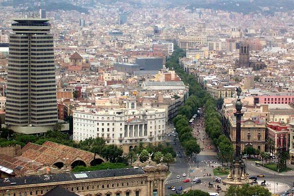 Самая известная улица каталонской столицы.