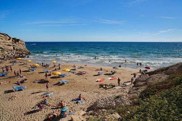 Playa de Lenguadets.