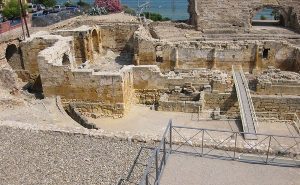 Древний амфитеатр.