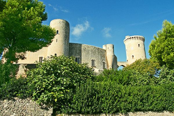 Замок Бельвер.