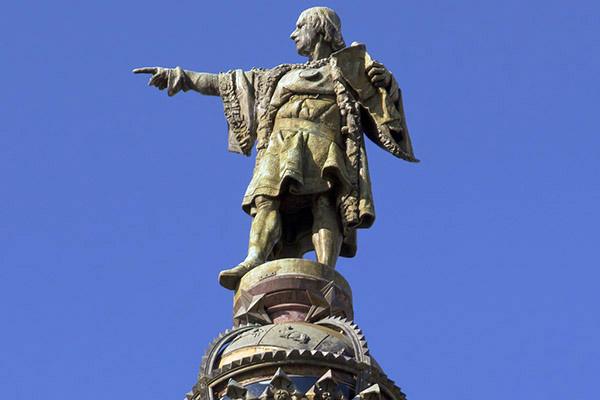 Монумент Христофора Колумба.