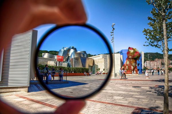 Музей сквозь увеличительное стекло.