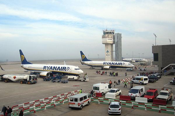 Самолёты авиакомпании Raynair.