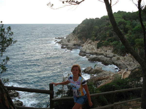 Прогулка по берегу моря.