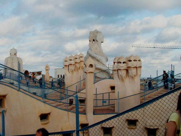 Причудливая крыша.