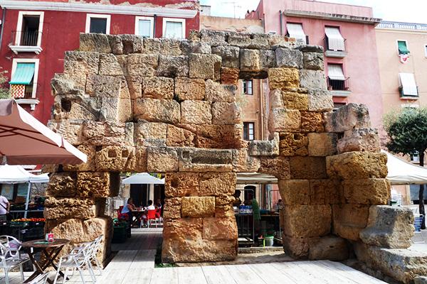 Руины Forum Provincial.