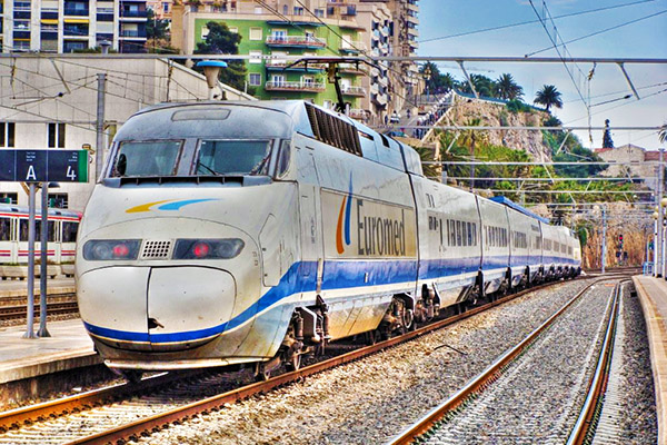 Поезд до Таррагоны.