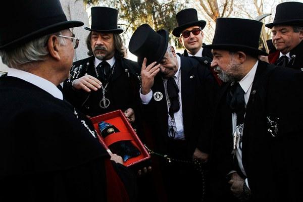 Похороны сардины.