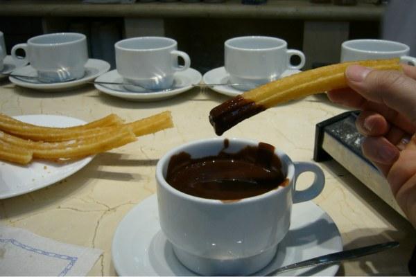 Чурросс и кофе.