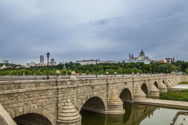 Мост Сеговия.