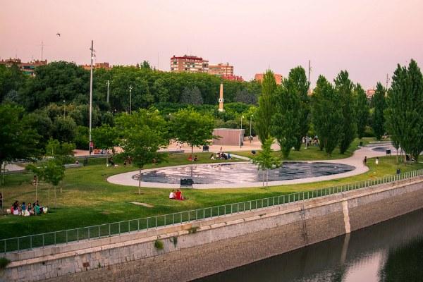 Лето в парке Madrid Rio.