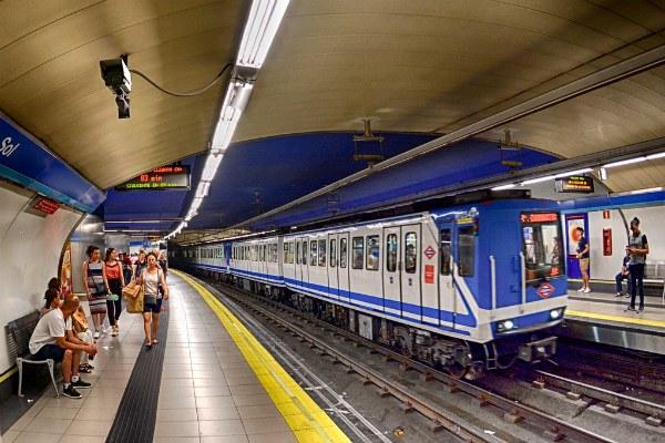 Метро в Мадриде.